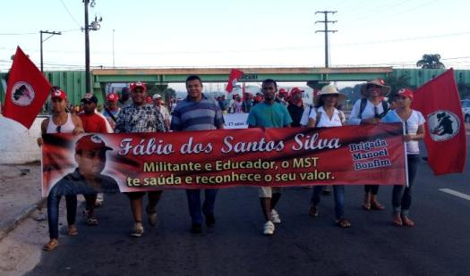 Marcha Estadual de luta pela Reforma Agrária leva o nome Fábio dos Santos SilvaFoto: Página do MST