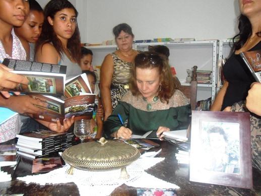 Reinauguração da Biblioteca Municipal e Tarde de Autógrafo | Foto: IguaíBAHIA
