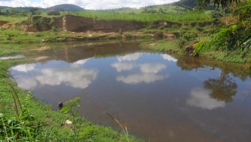 Rio Gongogi neste sábado (4) pela manhã. Foto: IguaíBAHIA