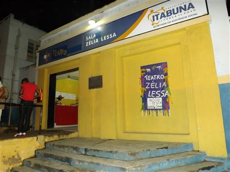 Teatro Zélia Lessa | Foto Luan Soares