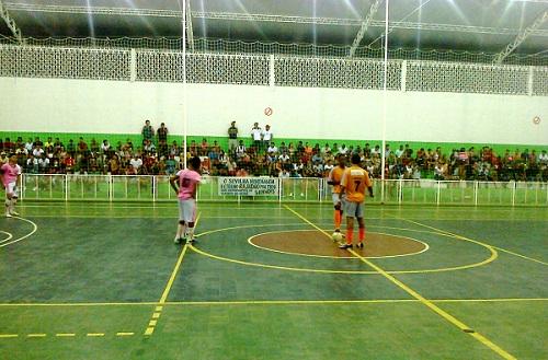 Nova União X Sevilha - Campeonato de Futsal de Iguaí 2014   Foto: IguaíBAHIA