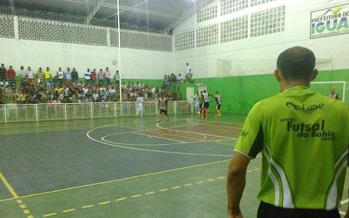 Barcelona x Sevilha, Semifinais do Campeonato de Futsal de Iguaí 2014 | Foto: IguaíBAHIA