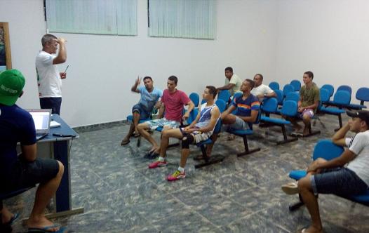Reunião com os dirigentes das equipes do Campeonato de Futsal de Iguaí 2015